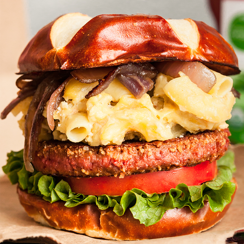 Truffle Mac & Cheese Beyond Burger
